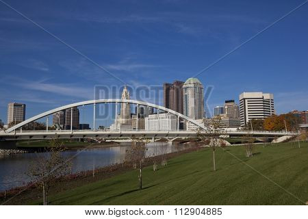 Columbus, Ohio with the Scioto Greenway Park area along the Scioto river