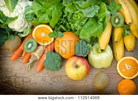 Healthy food - organic fruits and vegetables