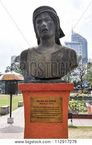 Rajah Sulayman monument in Roxas Boulevard Manila.