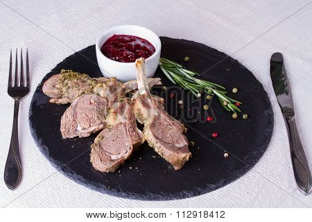 Rack Of Lamb With Cranberry Sauce