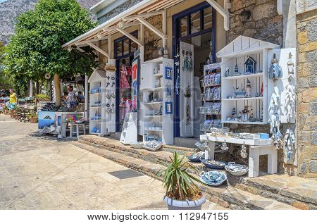 raditional greek hand made pottery in small gift shop at Aghios Nikolaos, Crete, Greece
