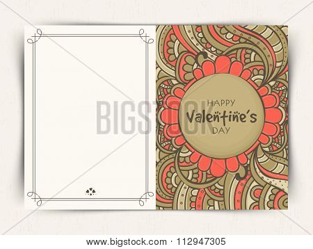Beautiful floral design decorated greeting card for Happy Valentine's Day celebration.