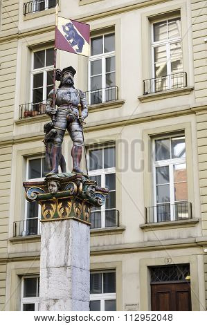 The Vennerbrunnen Fountain In Bern
