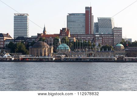 View over the Elbe towards the St. Pauli Piers in Hamburg