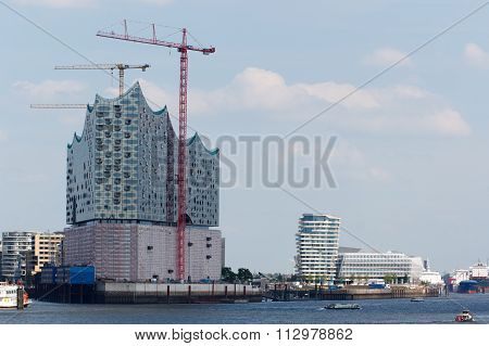 View over the Elbe towards the Elbe Philharmonic Hall in Hamburg Germany