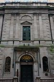 pic of 1700s  - beautiful boston athenaeum built in the early 1700s.