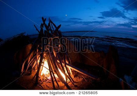 shoreline fire