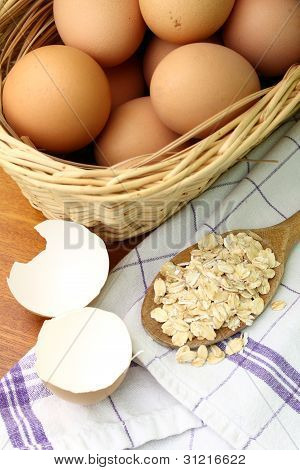 Eggs and oat flakes