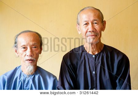 Vietnamese monks