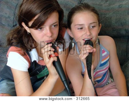 Girls Singing