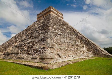 Kukulkan Pyramid, Chichen Itza, Mexico