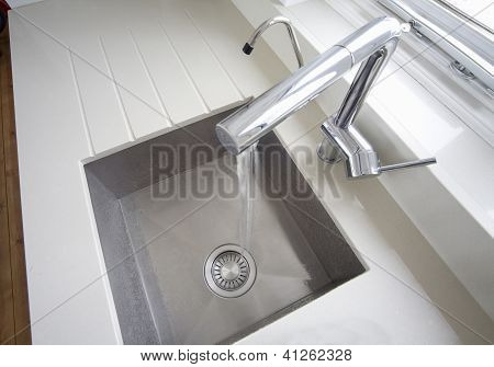 Sink From Above