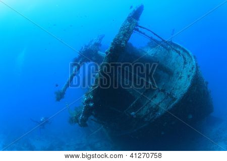 Artillery Gun on stern of SS Thistlegorm shipwreck