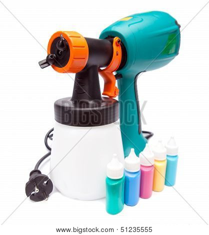electrical spray gun for coloration for color pulverization and small bottles with color
