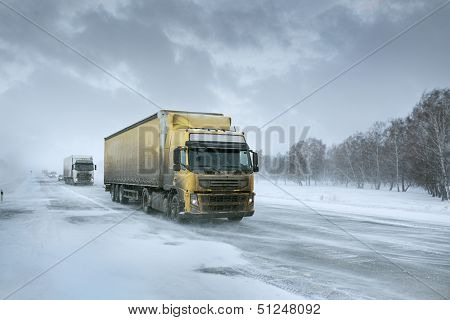 Winter-Fracht per LKW
