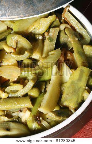Kalagoora Pulusu - a vegetarian dish from India
