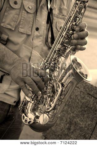 manos de saxofonista