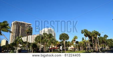 Las Olas Intracoastal