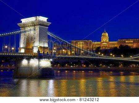 Budapest at night. Chain Bridge, Royal Palace and Danube river