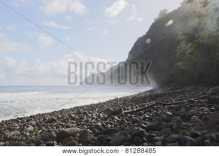 Beautiful Black Stone Beach - Waipio Valley, Hawaii