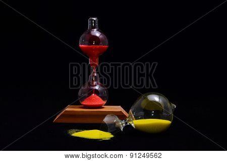 Broken Glass Hourglass