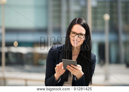 Mobility - woman with tablet