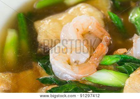 Noodles With Shrimp Delicious