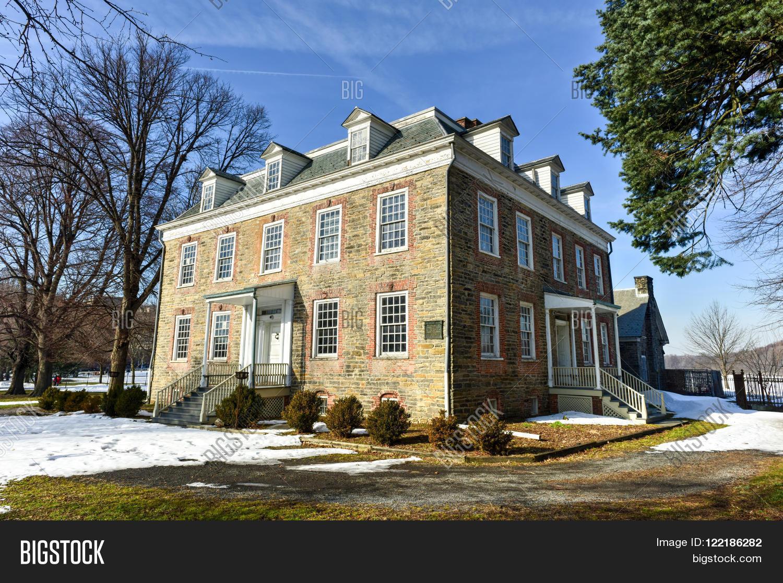 Bronx new york january 31 2016 image photo bigstock for Fredrick house