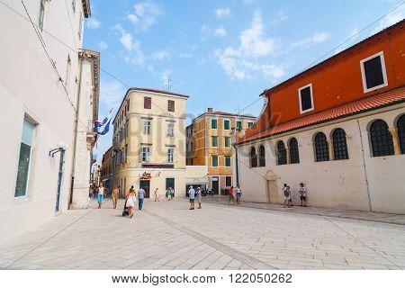 Zadar, Croatia, 04 July, 2012: Street View Near St. Donatus Church In Zadar, Famous Landmark Of Croa