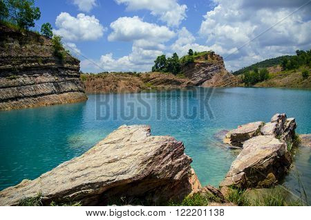 this rock formation was made because of coal mining. some people told the water is poisonous, but none have the evidence