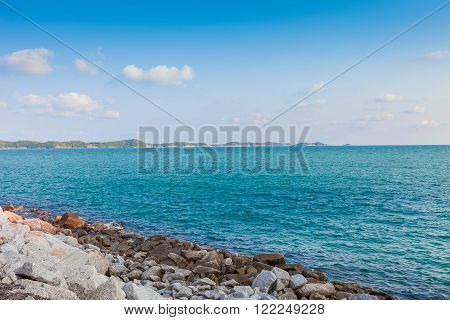 Calmness sea with blue sky at Khao leam ya National park Rayong Province Eastern Thailand