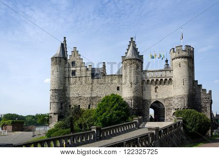 Steen Castle (Het steen) is a medieval fortress in the old city centre of Antwerp Belgium.