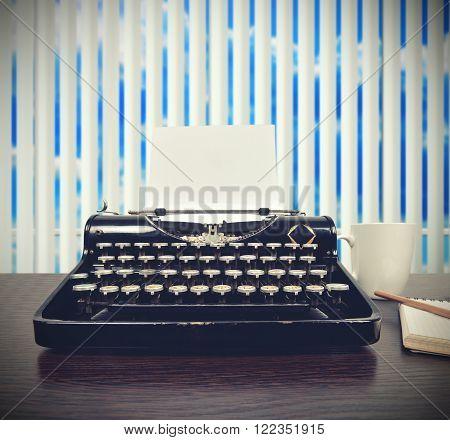 Intage Typewriter