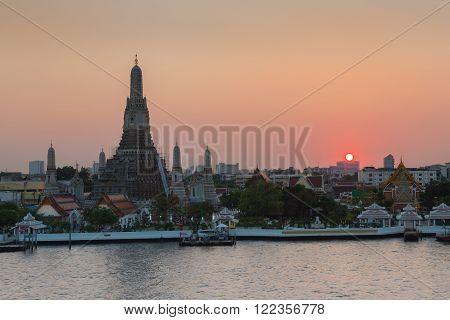 Sunset over Arun temple river front, The most tourist destination landmark of Thailand