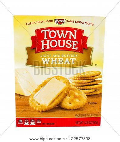 Winneconne, WI - 5 February 2015: Town House Light and Buttery Wheat crackers made by Keebler.