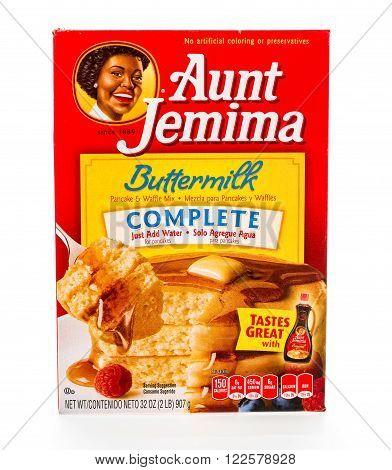Winneconne, WI - 8 February 2015: Box of Aunt Jemima Buttermilk pancake mix. Just add water to prepare.