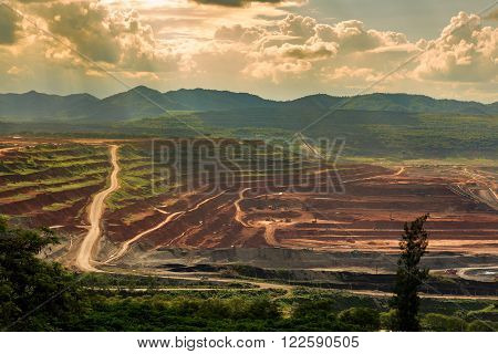 coalmine Lignite for electricity production lampang thailand
