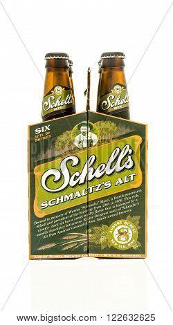 Winneconne WI - 15 March 2016: A six pack of Shell's Schmaltz's alt beer
