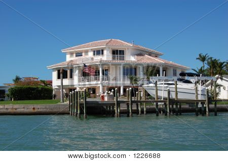 Treasure Island House