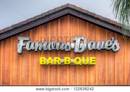 Famous Dave's Restaurant Exterior And Logo