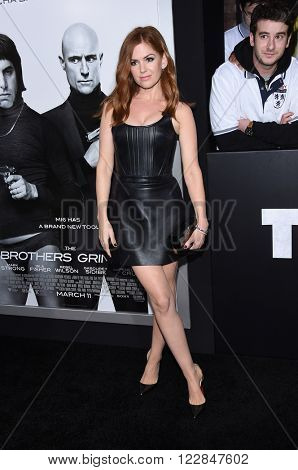 LOS ANGELES - MAR 03:  Isla Fisher arrives to the