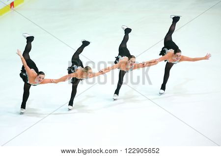 Team Boomerang Pirouette