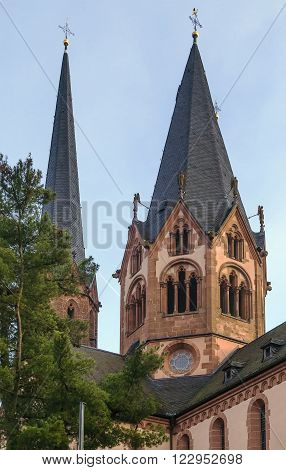 Church On St. Mary, Gelnhausen, Germany.  It shows both Romanesque and Gothic architecture elements.