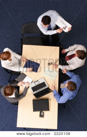 Presentation, Five People