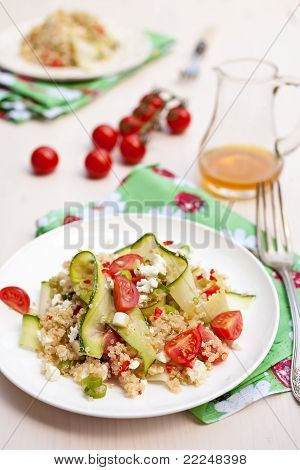 Fresh Quinoa Salad With Tomatoes