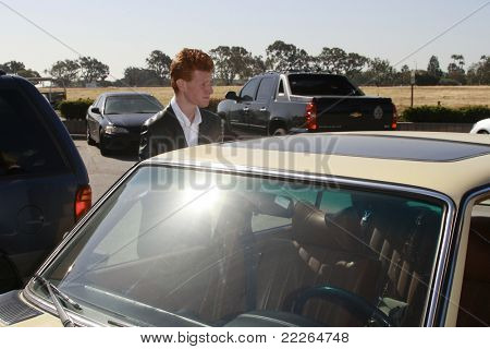 MALIBU - APR 11: Redmond O'Neal at the courthouse after a hearing on April 11, 2008 in Malibu, California