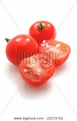 Cherry Tomatoes With Salt