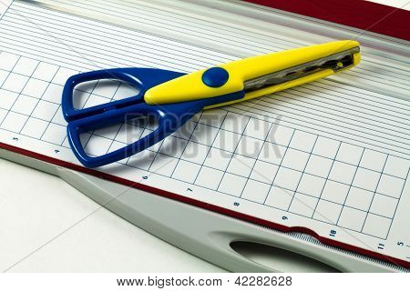 Scissors On Guillotine