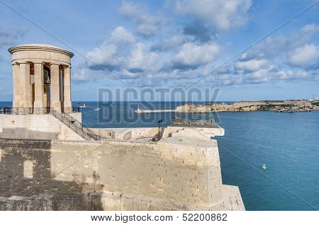 Great Siege Memorial In Valletta, Malta