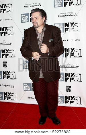 NEW YORK- OCT 8: Actor Oliver Platt attends the premiere of